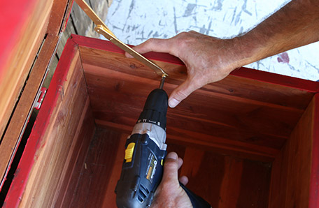 Installing new hinges using the old screw holes