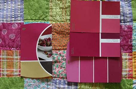 Elección de colores basados en el acolchado que hay en la habitación