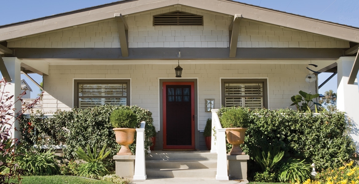 Craftsman-Style Home Paint Color Inspiration Gallery | Behr. >