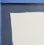 Panel de gabinete  con cinta para pintores parcialmente pintado