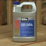 Envase de removedor acabado y tinta para madera
