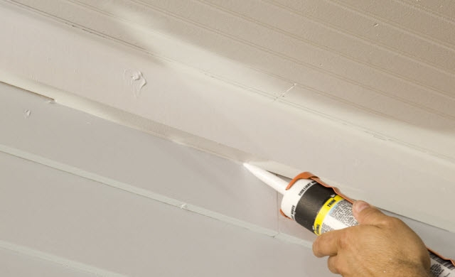 Repairing ceiling Gap with caulk