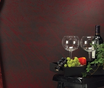 Wine caddy with 2 glasses and grapes