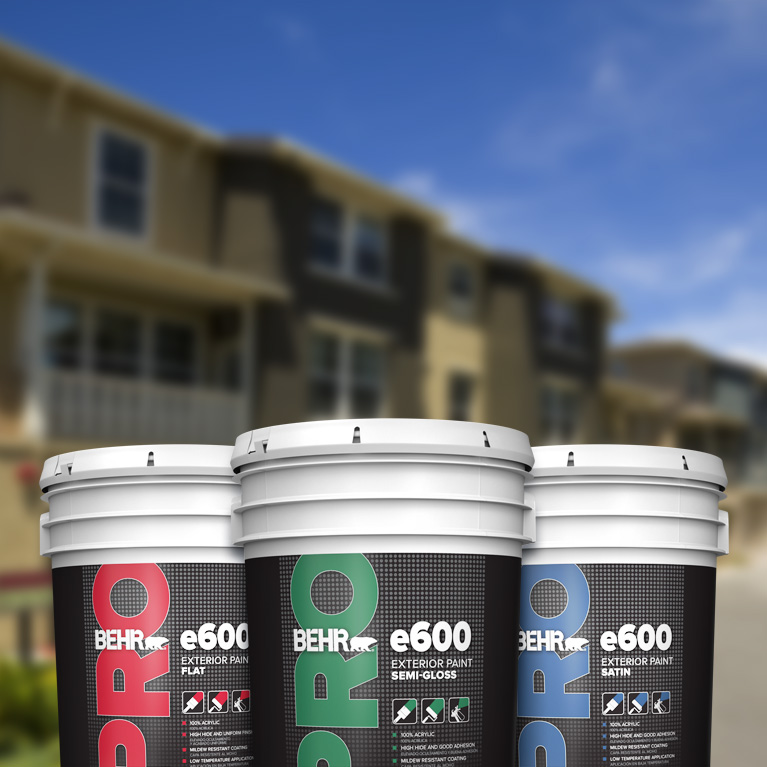 BEHR PRO exterior e600 products landing page mobile image featuring 5 gallon e600 can.